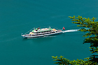 CHE, Schweiz, Kanton Bern, Berner Oberland, Brienz: Motorschiff Brienz auf dem Brienzersee | CHE, Switzerland, Bern Canton, Bernese Oberland, Lake Brienz: MS Brienz