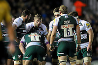 Ed Slater of Leicester Tigers speaks to his team-mates during a break in play. Aviva Premiership match, between Harlequins and Leicester Tigers on February 19, 2016 at the Twickenham Stoop in London, England. Photo by: Patrick Khachfe / JMP