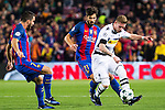 FC Barcelona's Andre Gomes, VfL Borussia Monchengladbach's Jonas Hofmann   during Champions League match between Futbol Club Barcelona and VfL Borussia Mönchengladbach  at Camp Nou Stadium in Barcelona , Spain. December 06, 2016. (ALTERPHOTOS/Rodrigo Jimenez)
