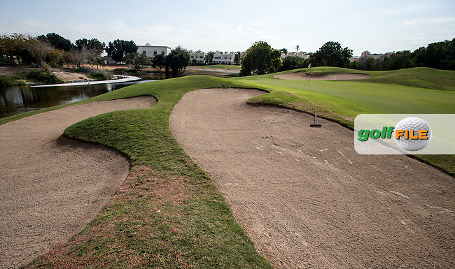 Front left-side bunker at the 9th at The Address Montgomerie Golf Club, Dubai, United Arab Emirates.  27/01/2016. Picture: Golffile | David Lloyd<br /> <br /> All photos usage must carry mandatory copyright credit (&copy; Golffile | David Lloyd)