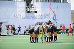 The Hague, Netherlands, June 02: Players of New Zealand huddle together prior to a penalty corner during the second half during the field hockey group match (Group A) between Korea and New Zealand´s Black Sticks on June 2, 2014 during the World Cup 2014 at GreenFields Stadium in The Hague, Netherlands. Final score 1:0 (1:0) (Photo by Dirk Markgraf / www.265-images.com) *** Local caption ***