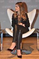 SAO PAULO, 23 DE ABRIL DE 2013 - FIESP MULHERES EMPREENDEDORAS - A fundadora do blog de moda de mesmo nome, Lala Rudge e diretora criativa da marca de lingeries La Rouge Belle, durante reunião ordinária com as empreendedoras bem sucedidas, promovida pelo  Comitê de Jovens Empreendedores (CJE) da Federação das Indústrias do Estado de São Paulo (Fiesp) realiza, na noite desta terça-feira, 23, no teatro da Fiesp, na Avenida Paulista, região centro sul da capital. (FOTO: ALEXANDRE MOREIRA / BRAZIL PHOTO PRESS)