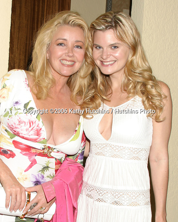 Melody Thomas Scott & Heather Tom.Daytime for Planned Parenthood Benefit.Private Home.Glendale, CA.April 25, 2006.©2006 Kathy Hutchins / Hutchins Photo..