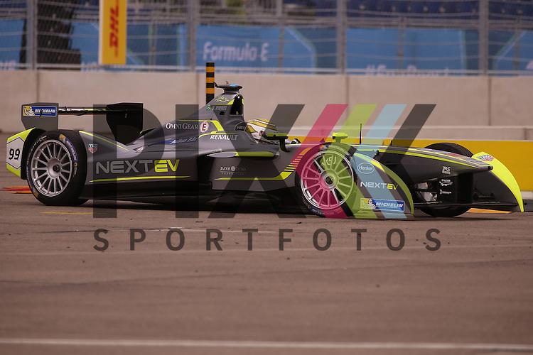 Berlin, 23.05.2015, Motorsport, FIA Formel E Championship, Formel E DHL Berlin ePrix, 8. Rennen : Nelson Piquet (NEXTEV TCR, #99)<br /> <br /> Foto &copy; P-I-X.org *** Foto ist honorarpflichtig! *** Auf Anfrage in hoeherer Qualitaet/Aufloesung. Belegexemplar erbeten. Veroeffentlichung ausschliesslich fuer journalistisch-publizistische Zwecke. For editorial use only.