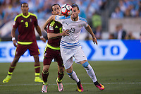 Action photo during the match Uruguay vs Venezuela at Lincoln Financial Field Stadium Copa America Centenario 2016. ---Foto  de accion durante el partido Uruguay vs Venezuela, En el Estadio Lincoln Financial Field Partido Correspondiante al Grupo - C -  de la Copa America Centenario USA 2016, en la foto: (i)(d) Alejandro Guerra, Gaston SIlva<br /> --- 09/06/2016/MEXSPORT/Osvaldo Aguilar.