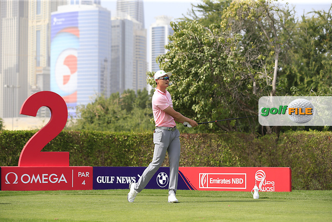 Haotong Li (CHN) on the 2nd tee during Round 2 of the Omega Dubai Desert Classic, Emirates Golf Club, Dubai,  United Arab Emirates. 25/01/2019<br /> Picture: Golffile | Thos Caffrey<br /> <br /> <br /> All photo usage must carry mandatory copyright credit (© Golffile | Thos Caffrey)