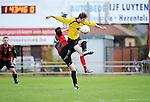 2015-10-25 / Voetbal / Seizoen 2015-2016 / VC Herentals - Groen Rood Ketelijne / Van Dorst (l. GR Katelijne) in duel met Yannis Haneveer<br /><br />Foto: Mpics.be