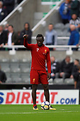 1st October 2017, St James Park, Newcastle upon Tyne, England; EPL Premier League football, Newcastle United versus Liverpool; Sadio Mané of Liverpool warming up