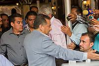 Quer&eacute;taro, Qro. 27 de octubre 2015.- Francisco Zubieta, concesionario del transporte; irrumpe en rueda de prensa de nuevo presidente transportistas, Juan Barrio; mientras &eacute;ste daba a conocer la nueva Mesa Directiva de la UTUQ (Uni&oacute;n de Transporte Urbano de Quer&eacute;taro), cargo ocupando anteriormente ten&iacute;a Mayra Melo. Zubieta luego es acusado de corrupci&oacute;n, mientras se intercambiaban palabras entre los mismos transportistas. <br /> <br /> Mayra Melo y Zubieta dieron una rueda de prensa paralelamente, para acusar a Juan Barrio de no cumplir con los pagos de las cuotas correspondientes, ni tener circulando las unidades de transporte p&uacute;blico suficientes. <br /> <br /> <br /> Foto: Demian Ch&aacute;vez / Obture Press Agency.