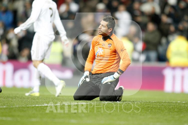 Levante's Gustavo Munua dejected during La Liga match. February 12, 2012. (ALTERPHOTOS/Alvaro Hernandez)