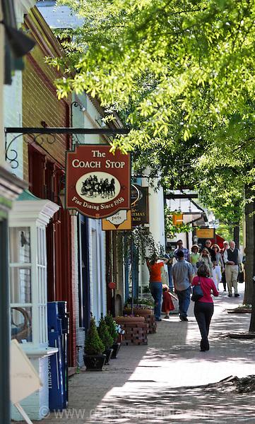 Shops and restuarants in Middleburg, Virginia.