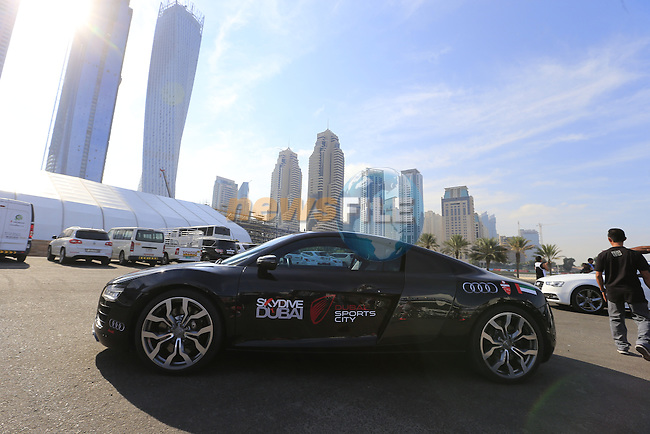 The start of Stage 1, the Dubai Silicon Oasis Stage, of the 2016 Dubai Tour at the Dubai International Marine Club and running 175km to Fujairah, Mina Seyahi, Dubai, United Arab Emirates. 3rd February 2016.<br /> Picture: Eoin Clarke | Newsfile<br /> <br /> <br /> All photos usage must carry mandatory copyright credit (&copy; Newsfile | Eoin Clarke)