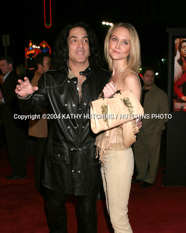 """©2004 KATHY HUTCHINS / HUTCHINS PHOTO.""""AGAINST THE ROPES"""" PREMIERE.HOLLYWOOD, CA.FEB 11, 2004..PAUL STANLEY.GIRLFRIEND ERIN"""