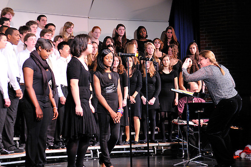 RCDS Upper School Choir<br /> Holiday Concert, Dec. 09
