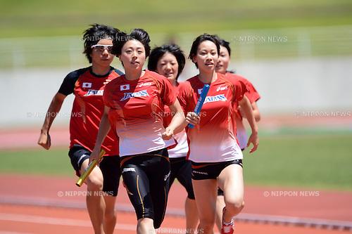 (L to R) Momoko Takahashi (JPN), Kana Ichikawa (JPN), Anna Doi (JPN), Chisato Fukushima (JPN), Yumeka Sano (JPN),.JULY 17, 2012 - Athletics : Japan National Athletics Team Men's and Women's during short distance and hurdle member training before London Olympic Games 2012 at Fujihokuroku Park Athletics Stadium, Yamanashi, Japan. (Photo by Jun Tsukida/AFLO SPORT) [0003] .