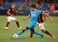 Calcio, Champions League, Gruppo E: Roma vs Barcellona. Roma, stadio Olimpico, 16 settembre 2015.<br /> FC Barcelona's Sergi Roberto, left, is challenged by Roma's Iago Falque during a Champions League, Group E football match between Roma and FC Barcelona, at Rome's Olympic stadium, 16 September 2015.<br /> UPDATE IMAGES PRESS/Isabella Bonotto