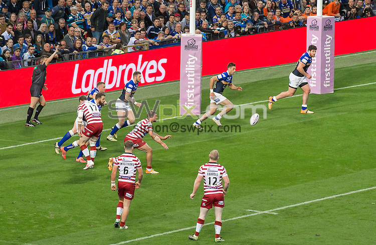 Picture by Allan McKenzie/SWpix.com - 10/10/2015 - Rugby League - First Utility Super League Grand Final - Leeds Rhinos v Wigan Warriors - Old Trafford, Manchester, England - Ladbrokes, branding.