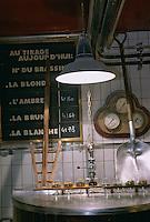 """Europe/France/59/Nord/Lille: Micro Brasserie du restaurant """"Les 3 Brasseurs"""" Place de la Gare"""