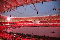 PORTO ALEGRE, RS, 05.04.2014 - REABERTURA DO NOVO BEIRA-RIO - ESPETÁCULO OS PROTAGONISTAS - Teste de iluminação antes da apresentação no evento oficial de reabertura do novo Beira-Rio. Em um final de semana especial para a torcida do Internacional, shows e um jogo amistoso com o Peñarol (no domingo, 6) marcam a reabertura. Além de uma projeção feita em toda extensão do gramado, sendo o principal atrativo para esta grande festa realizada neste sábado, 5. (Pedro H. Tesch / Brazil Photo Press).