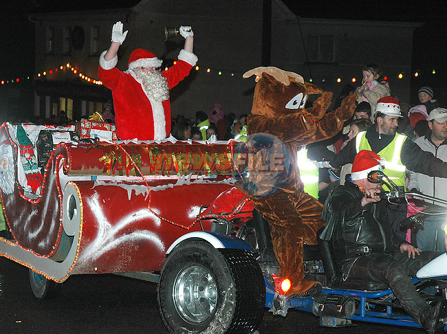 Santa finally arrives in Dunleer.<br />