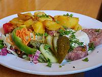 Spezialität Gose-Sülze im Brauhaus, Goslar, Niedersachsen, Deutschland, Europa<br /> Local dish Gose-Sülze in restaurant Brauhaus, Goslar, Lower Saxony,, Germany, Europe