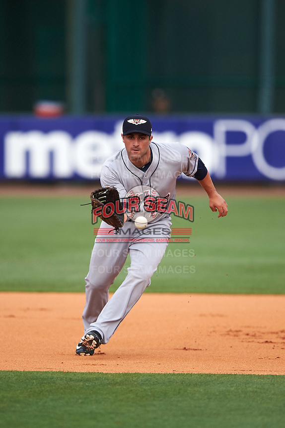Lakeland Flying Tigers first baseman Wade Hinkle (25) during a game against the Bradenton Marauders on April 16, 2016 at McKechnie Field in Bradenton, Florida.  Lakeland defeated Bradenton 7-4.  (Mike Janes/Four Seam Images)