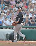 Masahiro Tanaka (Yankees),<br /> MARCH 18, 2015 - MLB :<br /> Pitcher Masahiro Tanaka of the New York Yankees reacts during a spring training baseball game against the Atlanta Braves in Lake Buena Vista, Florida, United States. (Photo by AFLO)
