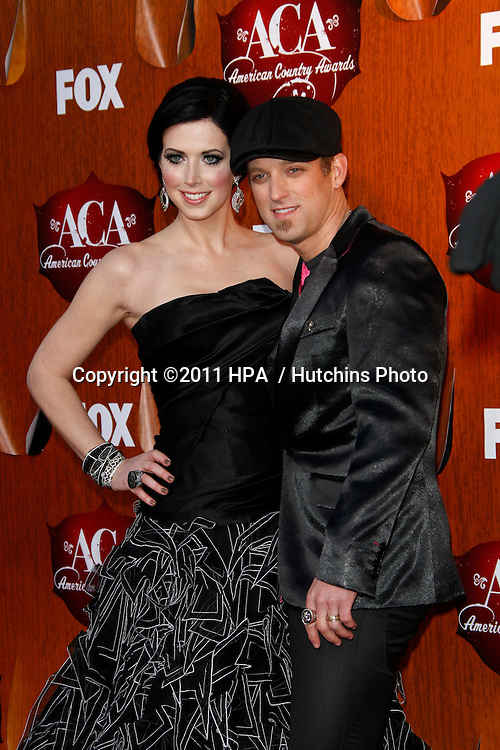 LOS ANGELES - DEC 5:  Shawna Thompson of Thompson Square arrives at the American Country Awards 2011 at MGM Grand Garden Arena on December 5, 2011 in Las Vegas, NV