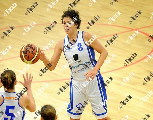 2013-12-08 / Basketbal / seizoen 2013-2014 / Sint-Katelijne-Waver - Kangoeroes Boom / Sofie Hendrickx<br /><br />Foto: Mpics.be