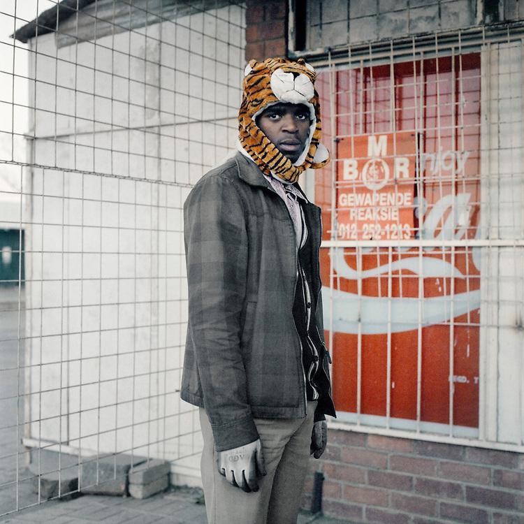 Thabiso Sekgala, Sans titre.<br /> -----<br /> Thabiso Sekgala, Untitled.