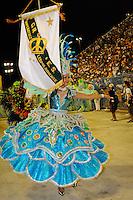 RIO DE JANEIRO, RJ, 19 DE FEVEREIRO 2012 - CARNAVAL 2012 - DESFILE IMPERATRIZ LEOPOLDINENSE -  Desfile da Escola de Samba Imperatriz Leopoldinense, no primeiro dia de desfiles das Escolas de Samba do Grupo Especial do Rio de Janeiro, no Sambódromo da Marques de Sapucaí, no centro da cidade, neste domingo.  (FOTO: GLAICON EMRICH - BRAZIL PHOTO PRESS)