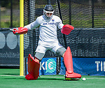 BLOEMENDAAL -  keeper Maurits Visser (Bldaal)  voor  de hoofdklasse competitiewedstrijd hockey heren,  Bloemendaal-Den Bosch  COPYRIGHT KOEN SUYK