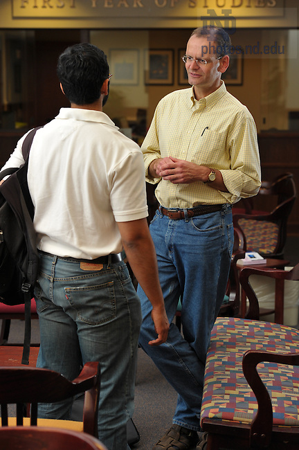 Students and faculty chat in Coleman-Morse...For Notre Dame Institute for Advanced Study..Photo by Matt Cashore/University of Notre Dame