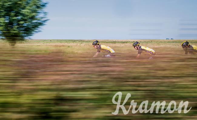 Team LottoNL-Jumbo speeding along<br /> <br /> Ster ZLM Tour (2.1)<br /> Stage 2: Tholen > Hoogerheide (186.8km)
