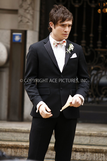 WWW.ACEPIXS.COM . . . . .  ....April 29, 2008. New York City.....Actor Ed Westwick on the set of 'Gossip Girl' in midtown Manhattan.......Please byline: AJ Sokalner - ACEPIXS.COM.... *** ***..Ace Pictures, Inc:  ..Philip Vaughan (646) 769 0430..e-mail: info@acepixs.com..web: http://www.acepixs.com