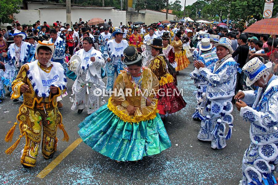 Carnaval de imigrantes bolivianos. Praça Kantuta. São Paulo. 2013. Foto de Marcia Minillo.