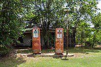 Abandoned Gas Station in Gate, OK