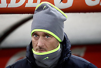 Calcio, Serie A: Roma vs ChievoVerona. Roma, stadio Olimpico, 22 settembre 2016.<br /> Roma&rsquo;s Francesco Totti waits for the start of the Italian Serie A football match between Roma and Chievo Verona, at Rome's Olympic stadium, 22 December 2016.<br /> UPDATE IMAGES PRESS/Isabella Bonotto