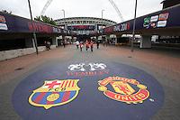 Barcelona v Manchester United Pre Match 280511