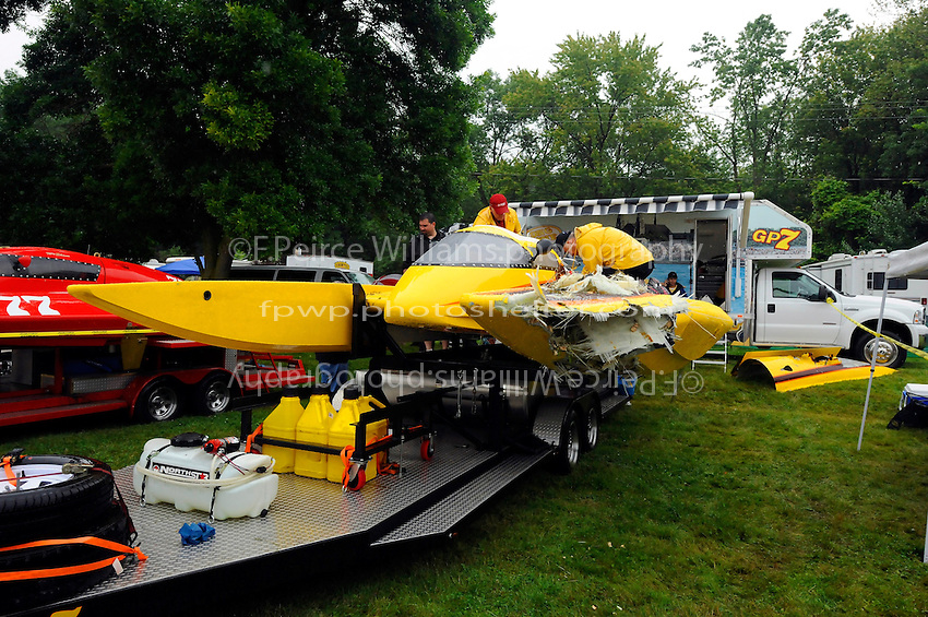 Stock Images: Grand Prix Hydroplanes - Images | F  Peirce