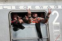 KROATIEN, 11.2015, Slavonski Brod. Internationale Fluechtlingskrise: Eroeffnung eines neuen Winter-Transitlagers. Ueber Serbien ankommende Fluechtlinge und Migranten werden registriert und versorgt, sodann in Zuege nach Slowenien gesetzt. -Liegewagen. | International refugee crisis: Opening of new refugee winter transit camp. Refugees and migrants arriving through Serbia are registered and taken care of, then put onto trains to Slovenia. – Couchette railway car.<br /> © Martin Fejer/EST&OST