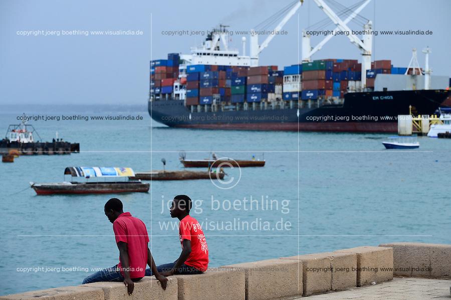 TANZANIA Zanzibar, Stone town, port / TANSANIA Insel Sansibar, Stonetown, Hafen