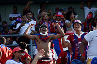 SANTA MARTA - COLOMBIA, 26-01-2019: Hinchas del Unión animan a su equipo durante partido por la fecha 1 entre Unión Magdalena y Jaguares FC como parte de la Liga Águila I 2019 jugado en el estadio Sierra Nevada de la ciudad de Santa Marta. / Fans of Union cheer for their team during match for the date 1 between  Union Magdalena and Jaguares FC as a part Aguila League I 2019 at Sierra Nevada stadium in Santa Marta city. Photo: VizzorImage / Gustavo Pacheco / Cont