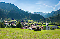 Germany, Bavaria, Swabia, Upper Allgaeu, resort Bad Hindelang and district Bad Oberdorf in Ostrach Valley with church St John the Baptist | Deutschland, Bayern, Schwaben, Oberallgaeu, Bad Hindelang und Ortsteil Bad Oberdorf im Ostrachtal mit Kirche St. Johannes der Taeufer