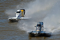 Kris Shepard, (#46) and Jeff Reno, #34 race for the lead. (SST-120 class)