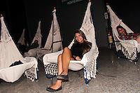 RIO DE JANEIRO, RJ, 07.11.2013 -  FASHION RIO - PIER MAUÁ - Preparativos para o terceiro dia do Fashion Rio moda Outono / Inverno 2014 no Pier Maua no Rio de Janeiro, nesta sexta-feira, 08. (Foto: Néstor J. Beremblum / Brazil Photo Press).