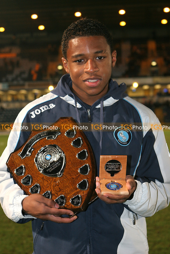 Kadeem Harris of Wycombe Wanderers Football Club - 11/01/11 - MANDATORY CREDIT: Paul Dennis/TGSPHOTO - Self billing applies where appropriate - 0845 094 6026 - contact@tgsphoto.co.uk - NO UNPAID USE.