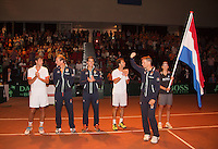 14-sept.-2013,Netherlands, Groningen,  Martini Plaza, Tennis, DavisCup Netherlands-Austria, Doubles,   Dutch team,Ltr: Robin Haase, Thiemo de Bakker, Jesse Huta Galung, Jean-Julien Rojer and captain Jan Siemerink<br /> Photo: Henk Koster