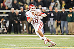 Oklahoma Sooners quarterback Blake Bell (10) in action during the game between the Oklahoma Sooners and the Baylor Bears at the Floyd Casey Stadium in Waco, Texas. Baylor defeats OU 41 to 12.