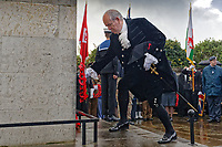 Pictured: High Sheriff of West Glamorgan Henry Michael Gilbert, lays a wreath. Sunday 11 November 2018<br /> Re: Commemoration for the 100 years since the end of the First World War on Remembrance Day at the Swansea Cenotaph in south Wales, UK.